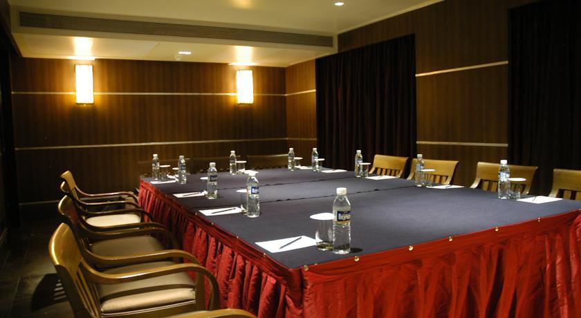 Meeting in Hotel Deccan Rendezvous