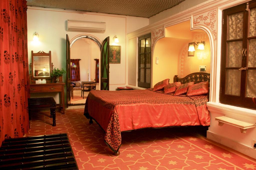 Super Deluxe in Hotel Deogarh Mahal Deogarh