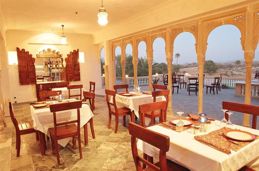 Dining2 in Hotel Deogarh Mahal Deogarh