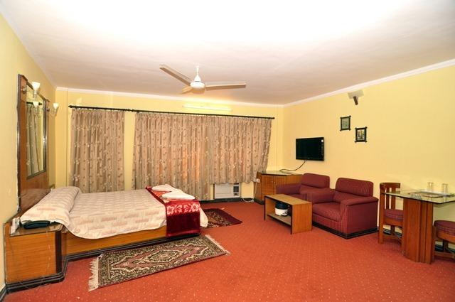 Economy Rooms in Hotel Dolphin, Digha