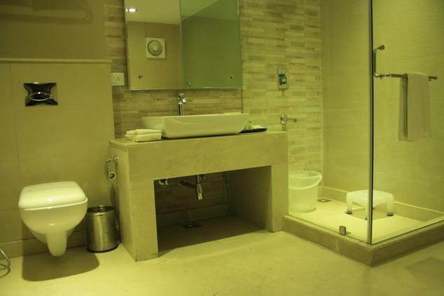 Bathroom in Hotel Earls Court
