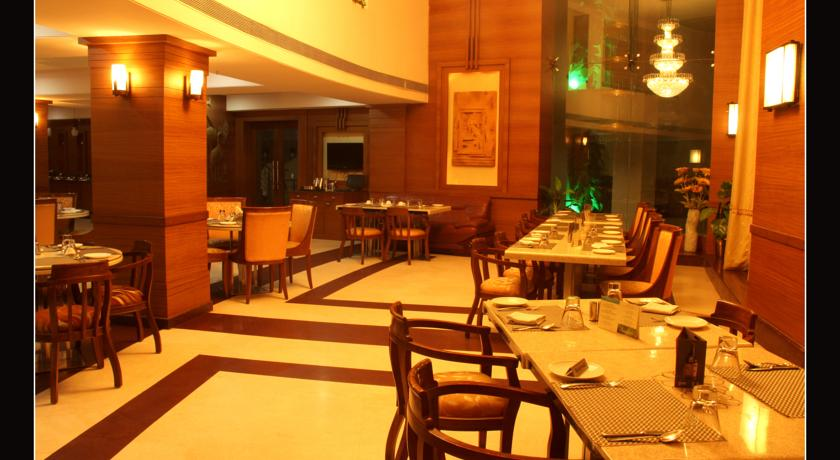 Dining2 in Hotel East Park Bilaspur