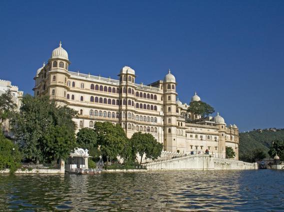 Hotel Fateh Prakesh Palace