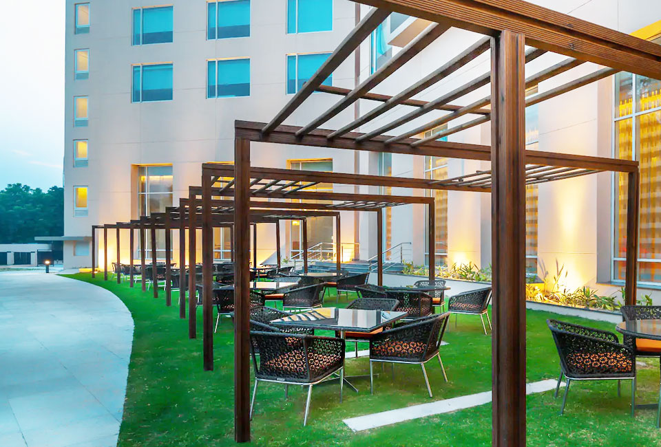 hyatt-place-gurgaon-udyog-vihar-outside