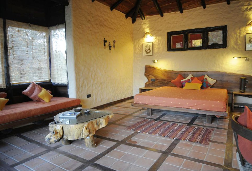 kanha-earth-lodge-inner-room