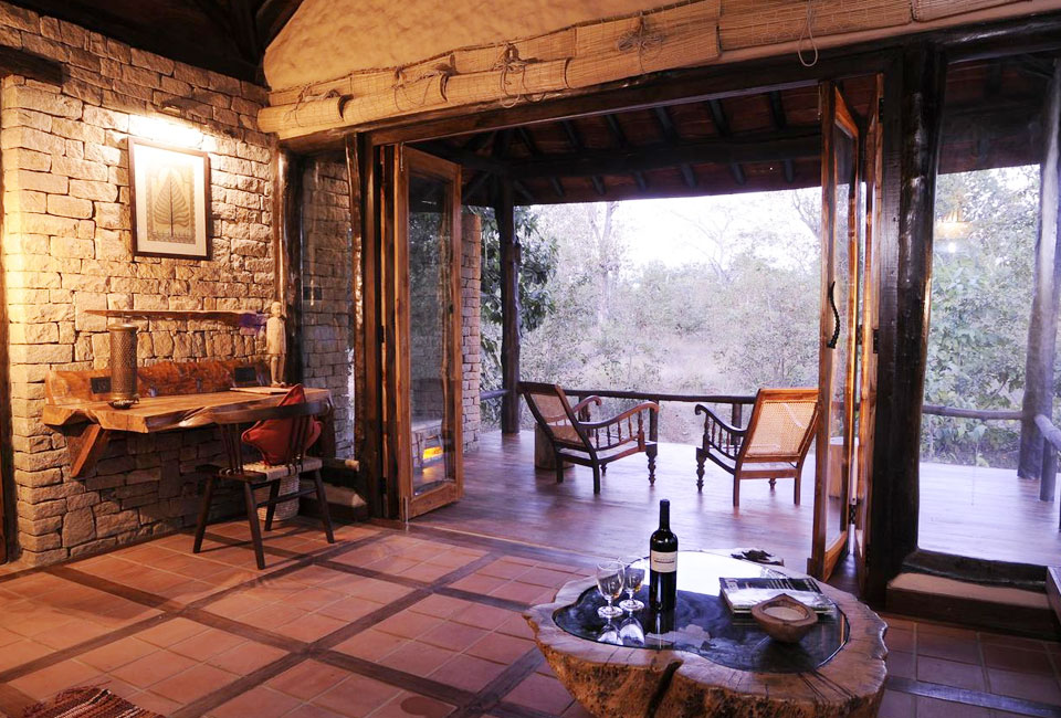 kanha-earth-lodge-inner-rooms