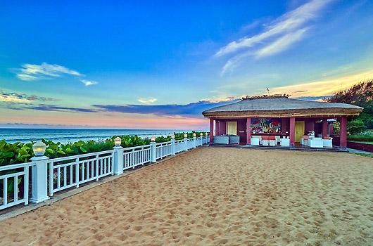 mayfair-palm-beach-resort-2
