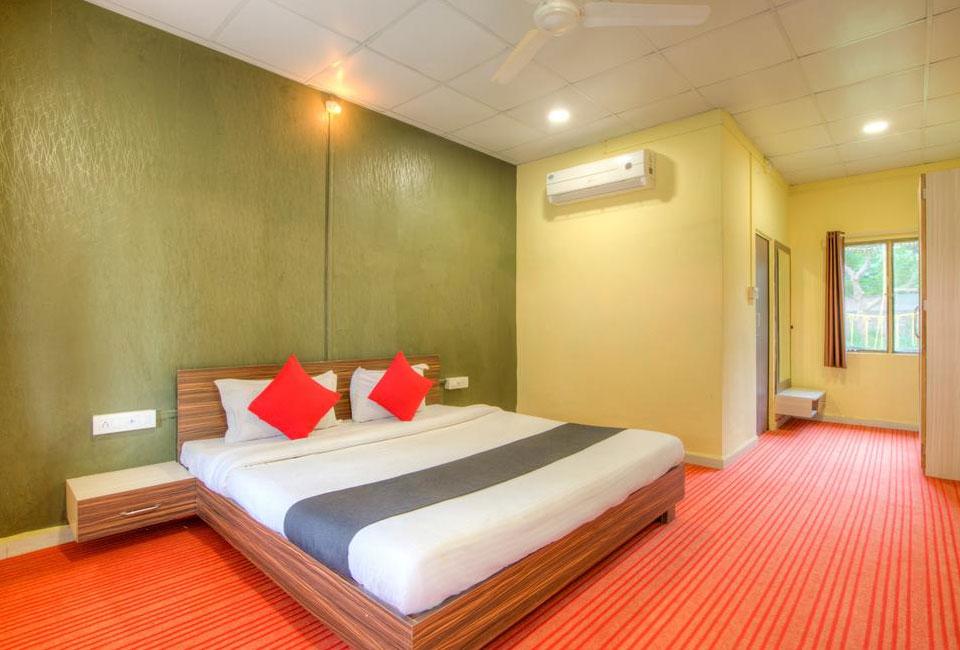narmada-hill-resort-omkareshwar-room-view