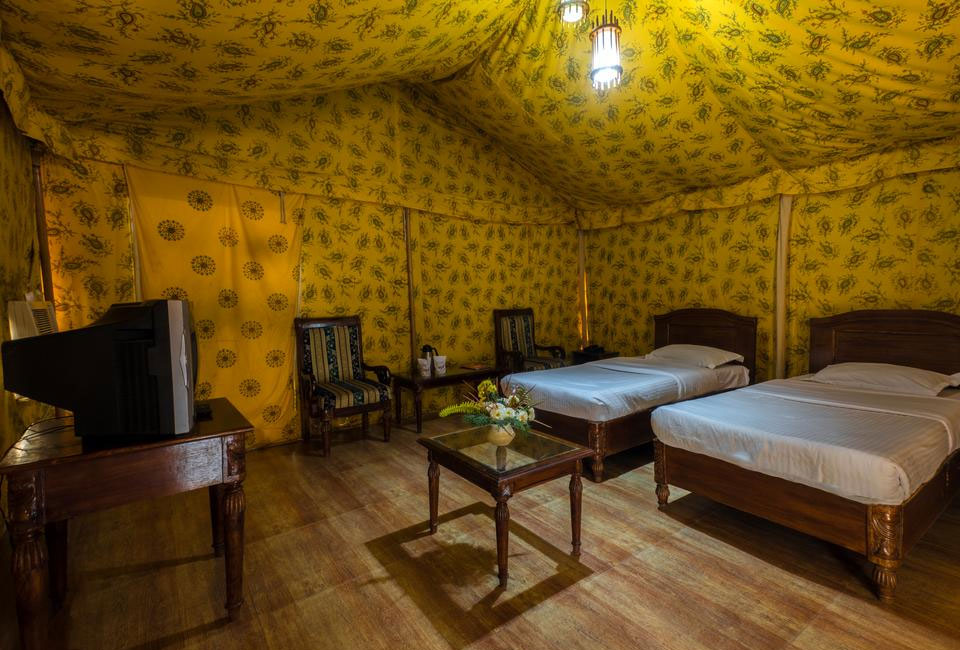narmada-resort-maheshwar-room