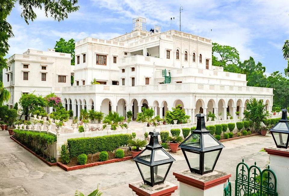 neemrana-baradari-palace-patiala-front-view