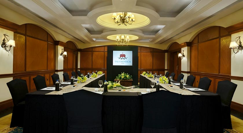 Meeting-room-in-Taj-Exotica-Goa
