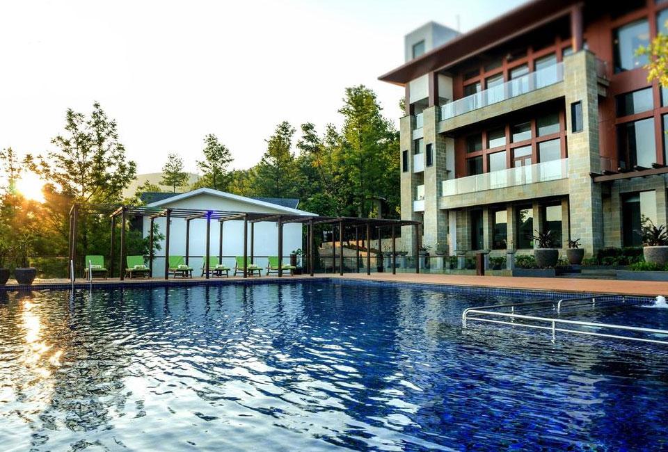 trivik-hotel-resort-chikmagalur-front