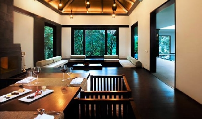 In-villa-dining