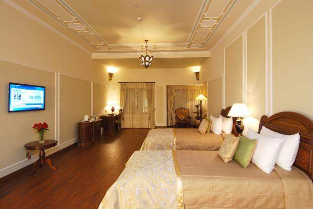 Luxury Room in Wyndham Grand Agra