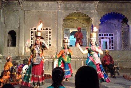 cultural show at bagore ki haveli
