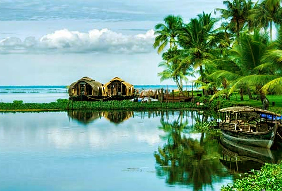 munnar-and-alleppey-tour-backwater-2