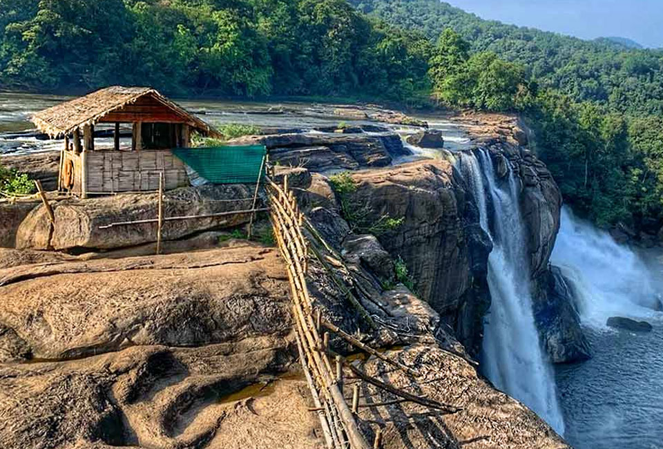 athirappilly-with-munnar-tour-3