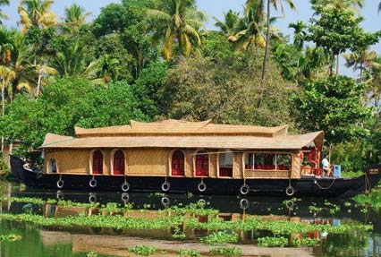 Houseboat Tour in Alappuzha