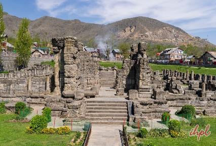 Boulvard Road Srinagar