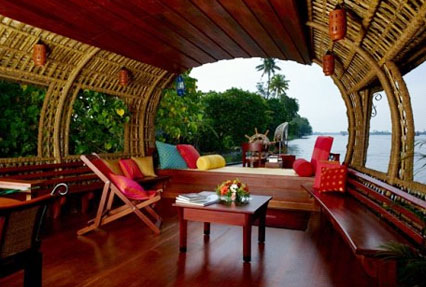 Houseboat Tour in Kerala