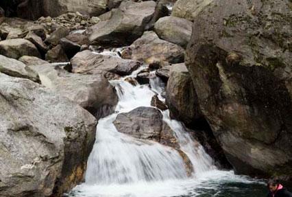 Naga Waterfalls, Lachen