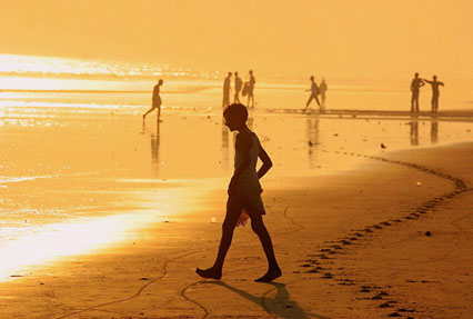 gold sand beaches of puri