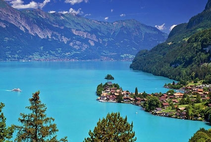Lake Brienz Lake in Switzerland
