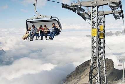 ice flyer in mt titlis