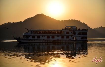 M.V. Mahabaahu Cruise
