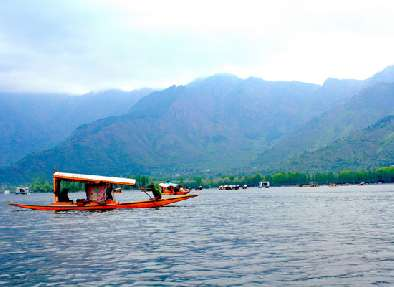 Lake in Srinagar