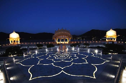 Inside-view-of-Jal-Mahal