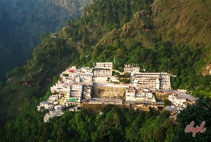 Trekking to Vaishno devi Temple
