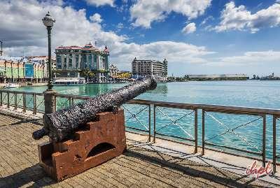 Enjoyment at the Mauritius beach