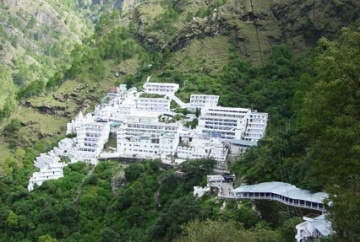7 Days Kashmir and Vaishnodevi Tour Package