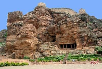 badami cave temples karnataka