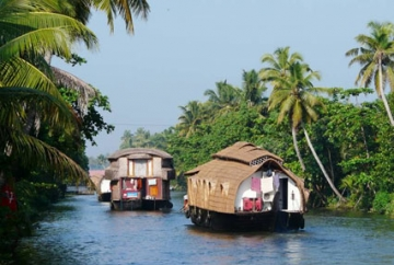 Karnataka with Backwaters