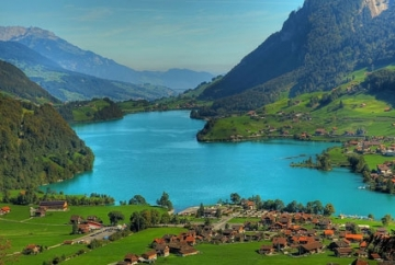 Lake Lungern Lake in Switzerland