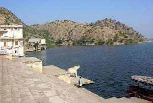 Jaisamand Lake, Udaipur in Rajasthan