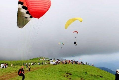 International paragliding festival in Kerala