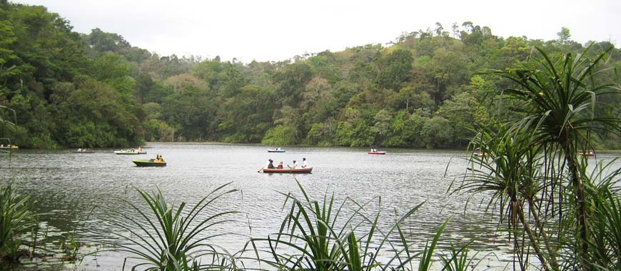 Pookode Lake Lake in Kerala