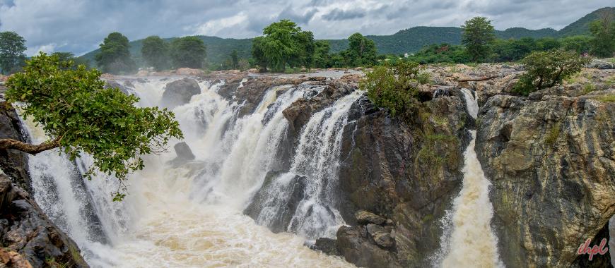 Hogenakkal Falls Waterfall in Tamil Nadu