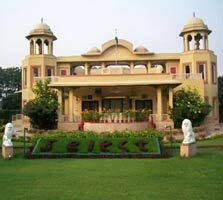 Manesar resort in haryana
