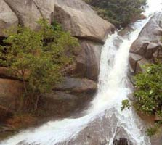 watarfall in Yelagiri, tamil nadu
